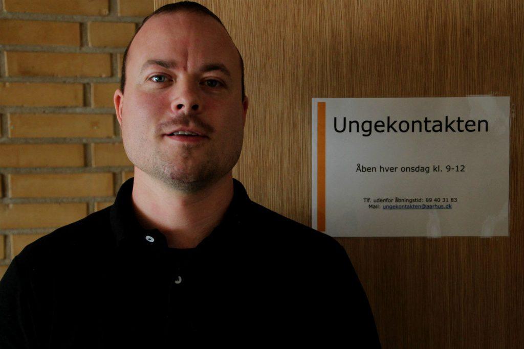Brian Holm Poulsen fra Ungekontakten er parat til at lytte til og hjælpe Center-10´s elever